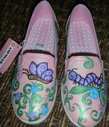 NEW Girls Pink Shimmery Painted Butterfly Shoes Sz 4 in Kingwood, Texas